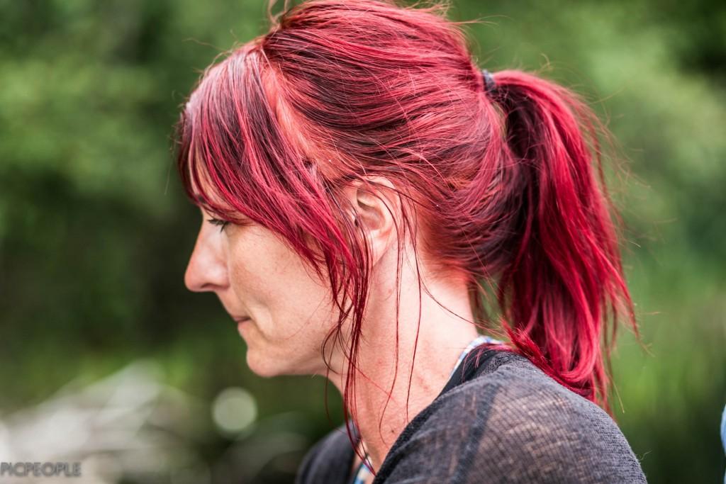 Lady in red. Snygg som få. Fru H.