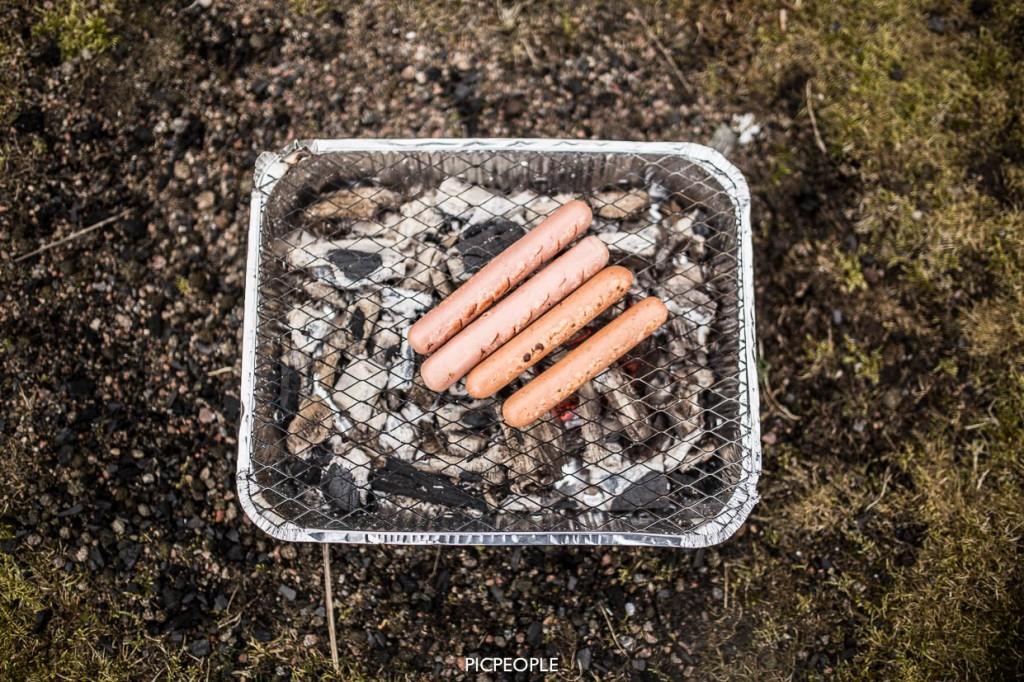 Hotdogs och vegokörv.